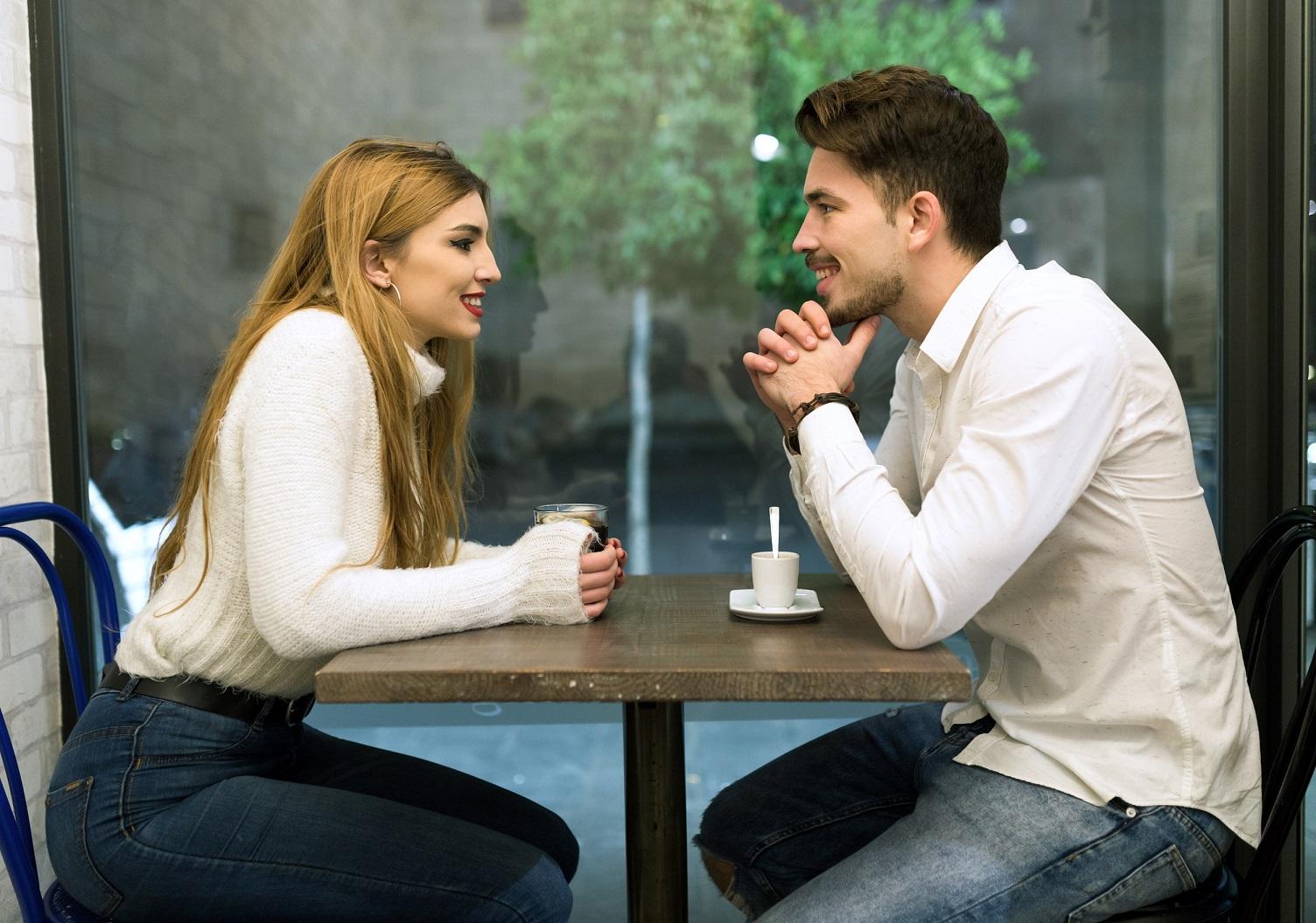 randění s snobským chlapem