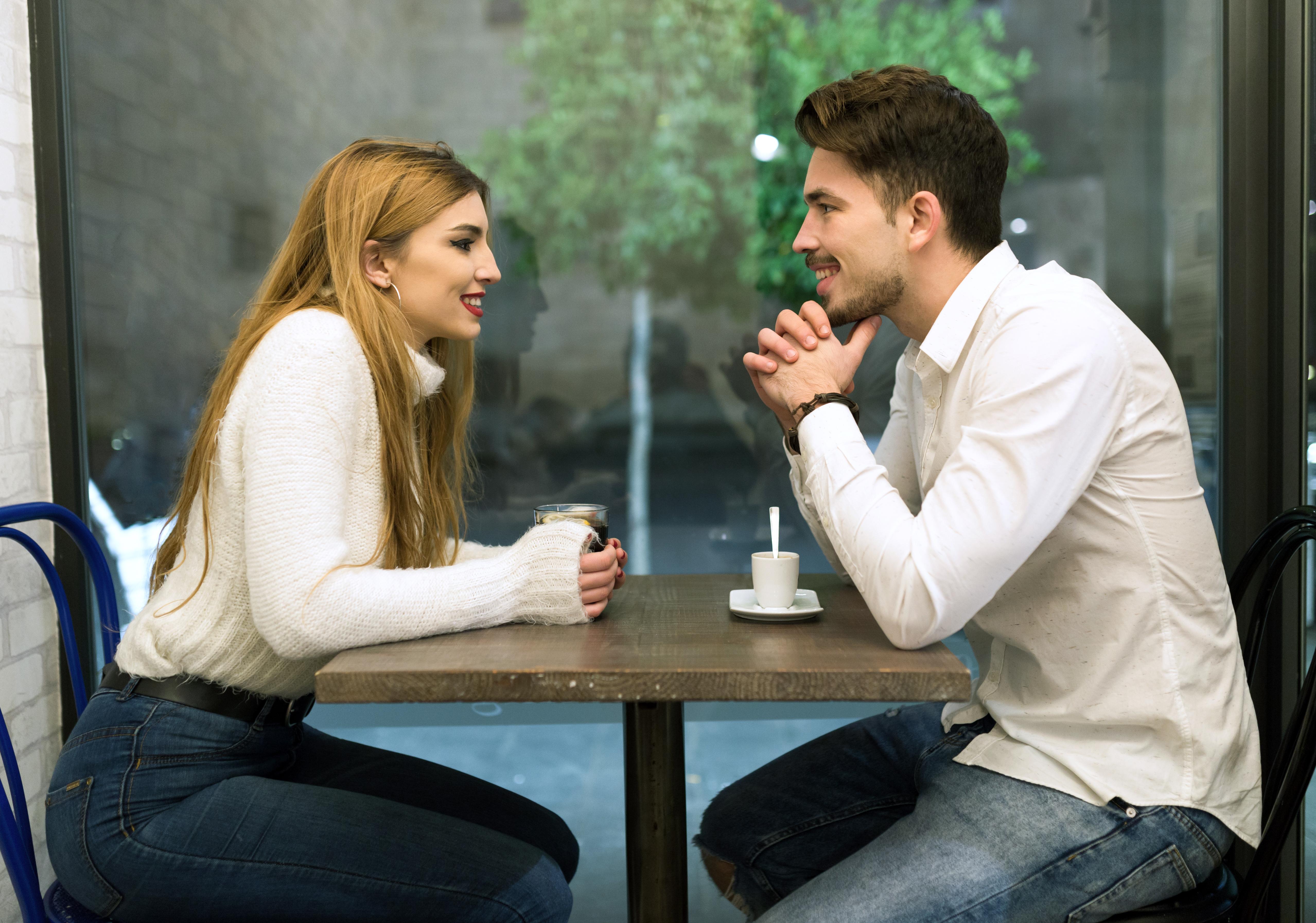 randíš s někým významem?